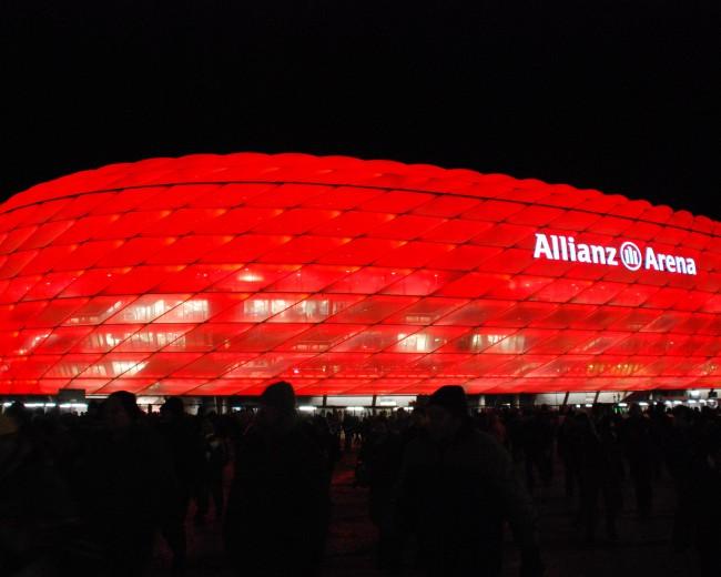 Der FC Bayern schadet der Liga, Foto: Jürgen Klein / pixelio.de